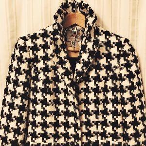 WORTHINGTON Houndstooth trench full length coat